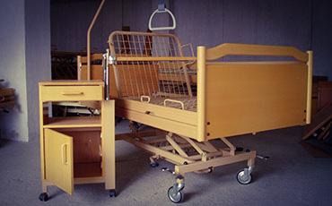 produkte ankauf ankauf von gebrauchten pflegebetten. Black Bedroom Furniture Sets. Home Design Ideas